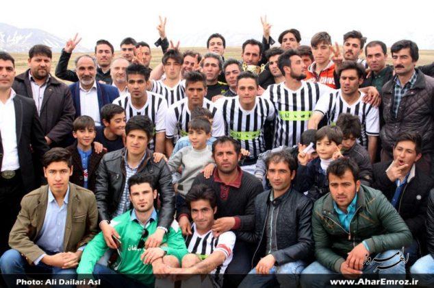 تصویری/ اختتامیه فوتبال جام نوروز روستایی شهرستان اهر (۲)
