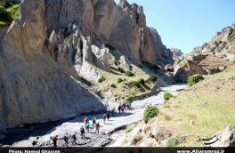 تصویری/ دره پیمایی کوهنوردان گروه داغ داش شهرستان اهر در  دامنه ی سبلان