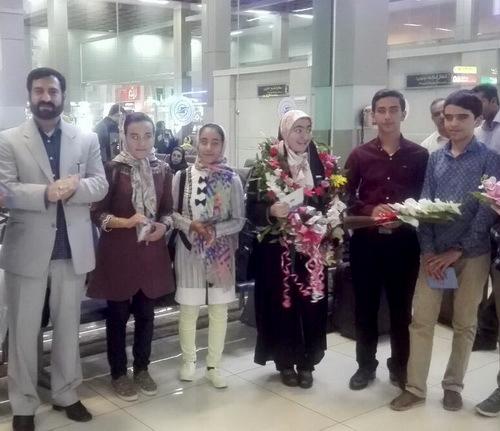 کسب رتبههای برتر کشوری توسط دانش آموزان اهری در جشنواره خوارزمی/ شایان زارعی رتبه اول کشوری را در جشنواره نوجوان خوارزمی کسب کرد