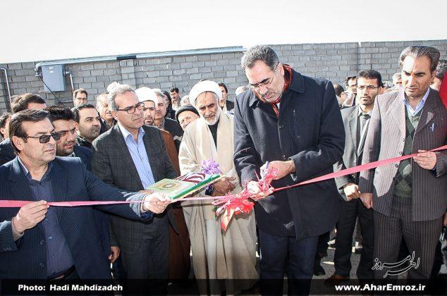 تصویری/ افتتاح گلخانه هیدروپونیک روستای آذغان و جاده بین مزارع روستای کلهر