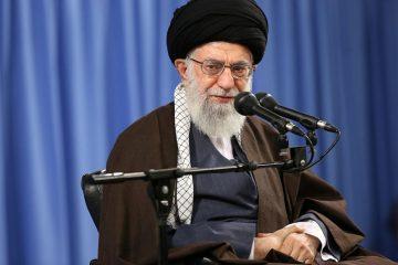 امام خامنهای: نسل جوان امروز برای عقبراندن دشمن آمادهتر از نسلهای قبل است
