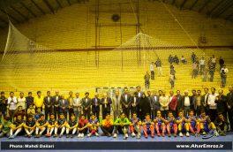 تصویری/ روز پایانی مسابقات فوتسال جام رمضان در اهر