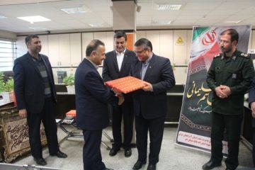تجلیل از خدمات ۳۰ ساله محمود سعادتی در بانک مسکن شعبه مرکزی اهر