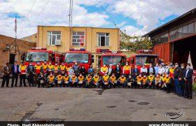 تصویری/ تجلیل از کادر سازمان آتشنشانی و خدمات ایمنی شهرداری اهر