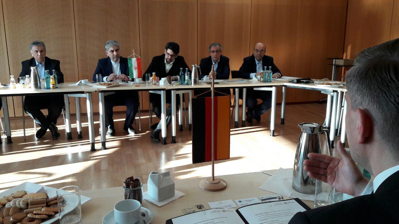 ایجاد اشتغال و کاهش بیکاری از ثمرات سرمایهگذاری خارجی است/ آذربایجان شرقی یکی از قطبهای صنعتی ایران محسوب میشود