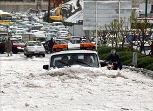 شمار جانباختگان حادثه سیل در عجبشیر به ۶ تن رسید/ جسد ۳ نفر در آذرشهر پیدا شد/ دهها نفر مفقود شدهاند