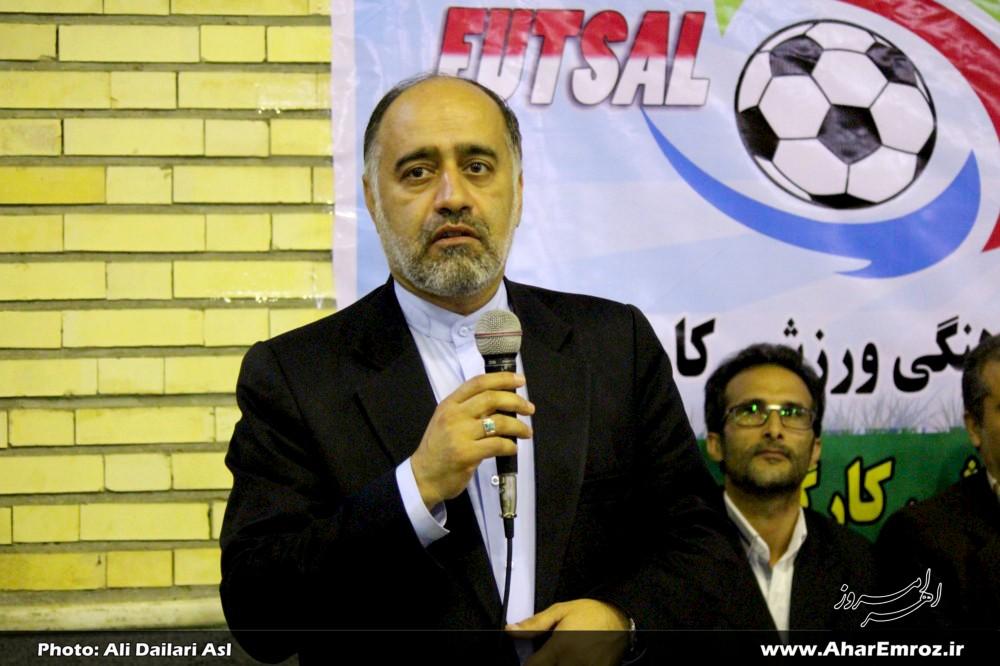 عابدی: ورزش و تحرک سلامتی جسمانی را تضمین میکند/ تیمهای برتر مسابقات جام شهدای ارتش مشخص شد