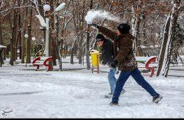 بارش شدید برف و برودت هوا مدارس تبریز را به تعطیلی کشاند