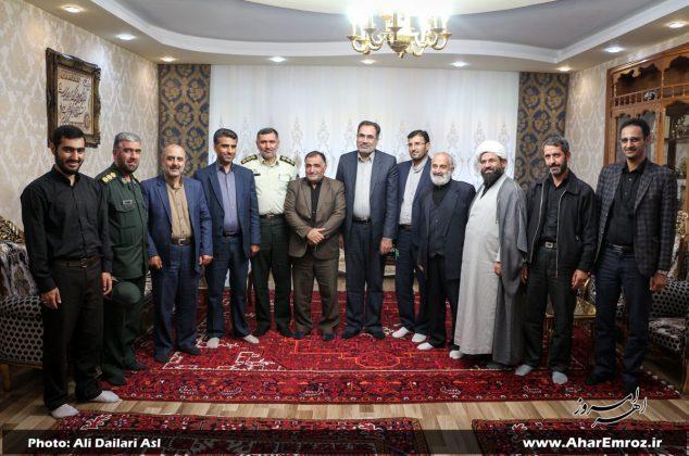تصویری/ دیدار مسئولان شهرستان اهر با خانوادههای شهیدان و جانبازان دوران دفاع مقدس