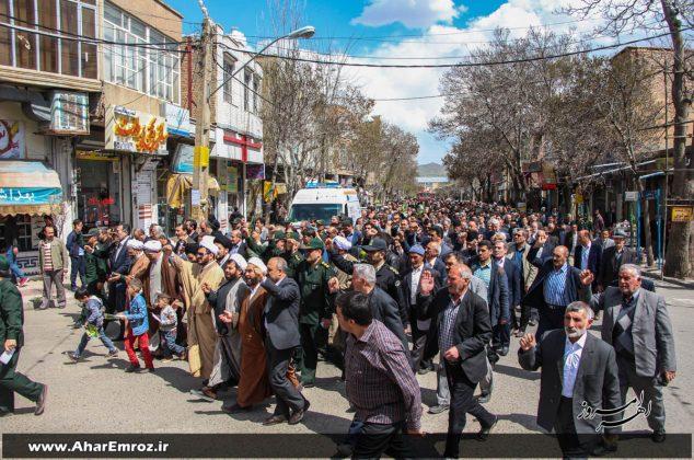 تصویری/ راهپیمایی نمازگزاران اهری در حمایت از سپاه پاسداران