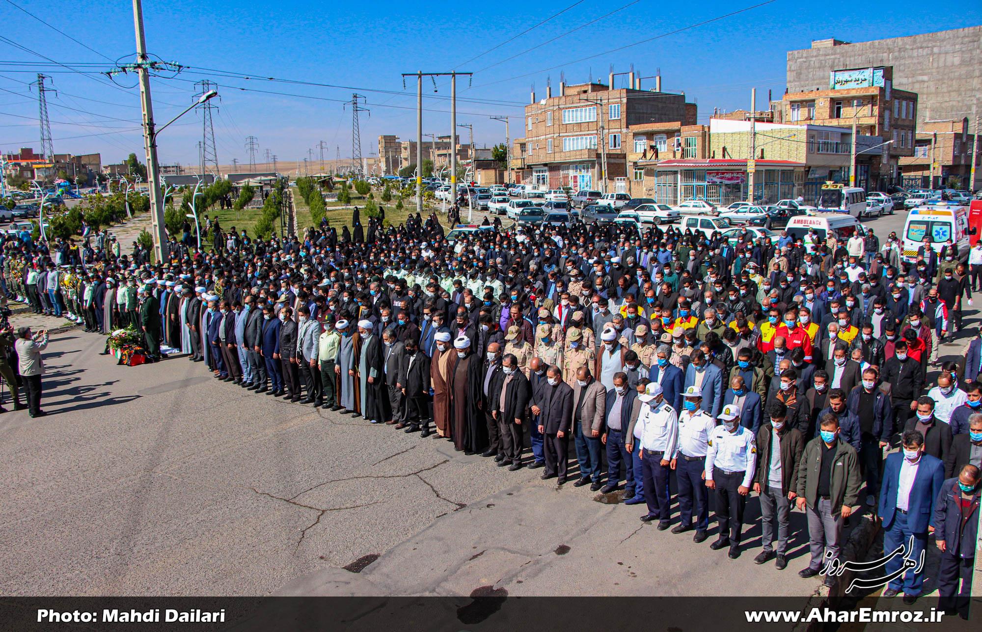 تصویری/ تشییع پیکر شهید مدافع وطن ساسان امیرخانی در اهر